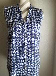 Womens sleeveless top